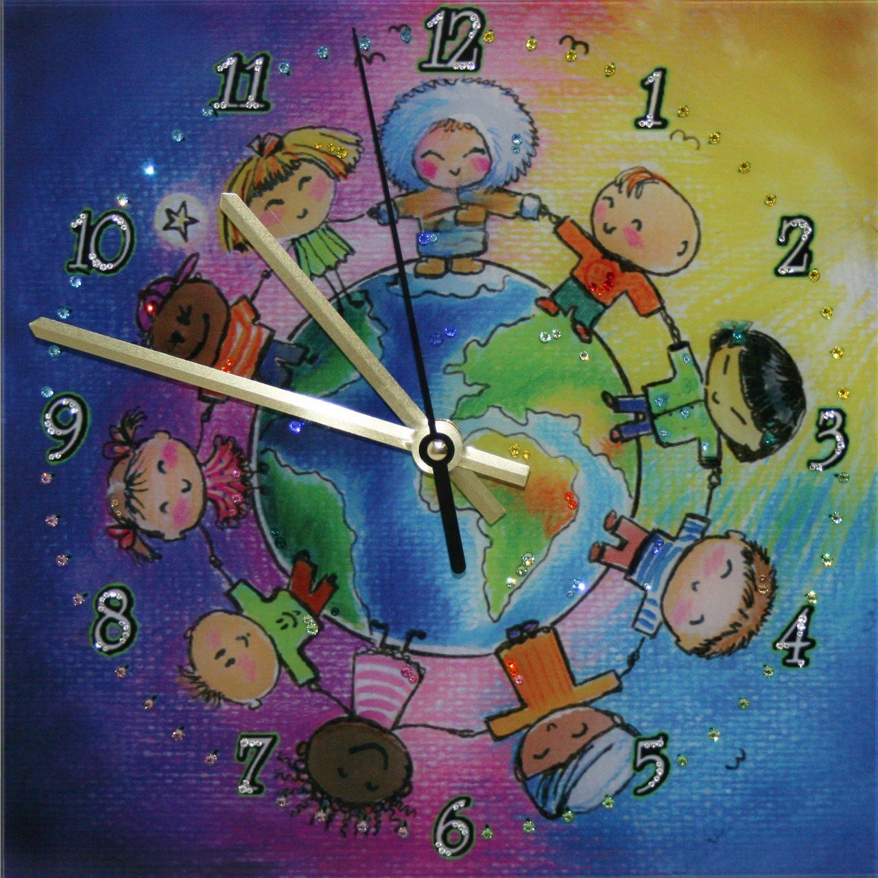 Настенные часы с кристаллами сваровски Дружба народов
