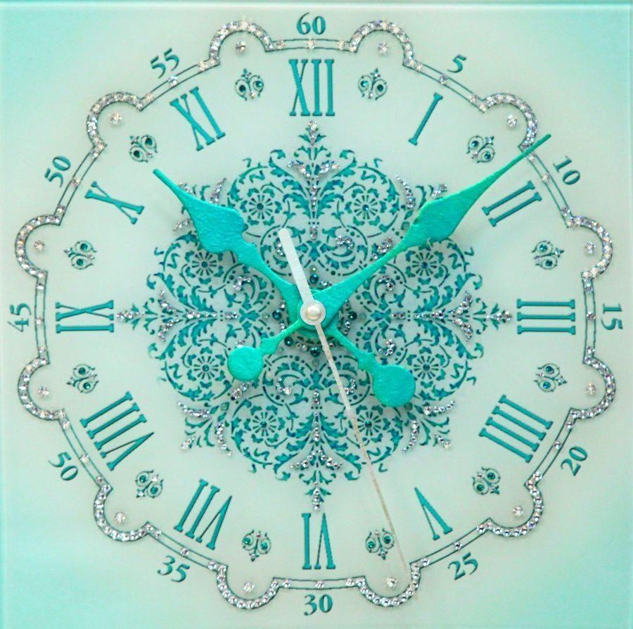 Настенные часы с кристаллами сваровски Снежинка