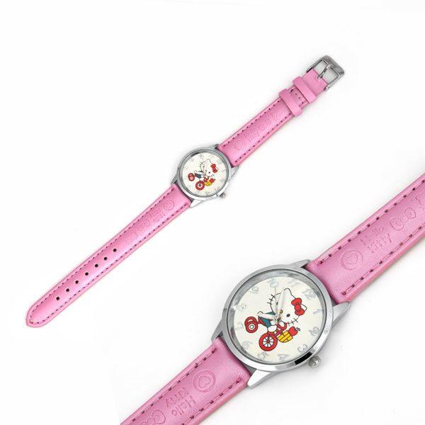 Наручные часы на кожаном ремешке Hello Kitty на велосипеде