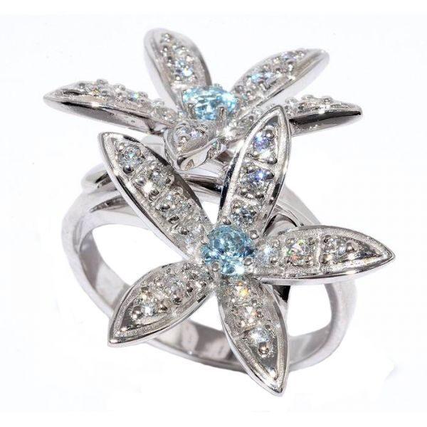 Кольцо с топазом и кристаллами сваровски Нежность