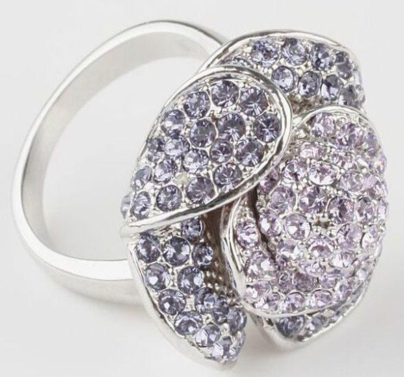 Кольцо с кристаллами  Swarovski  Роза