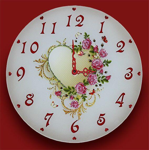Настенные часы сваровски Стук сердец