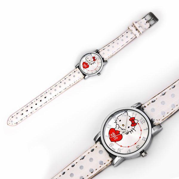Наручные часы на кожаном ремешке Сердечко