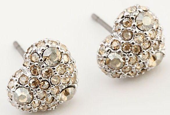 Гвоздики с кристаллами Swarovski  Кабашон сердечко
