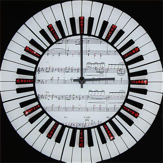 Настенные часы Swarovski Мелодия